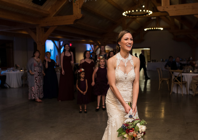 timber-creek-wedding-boquet-toss.jpg