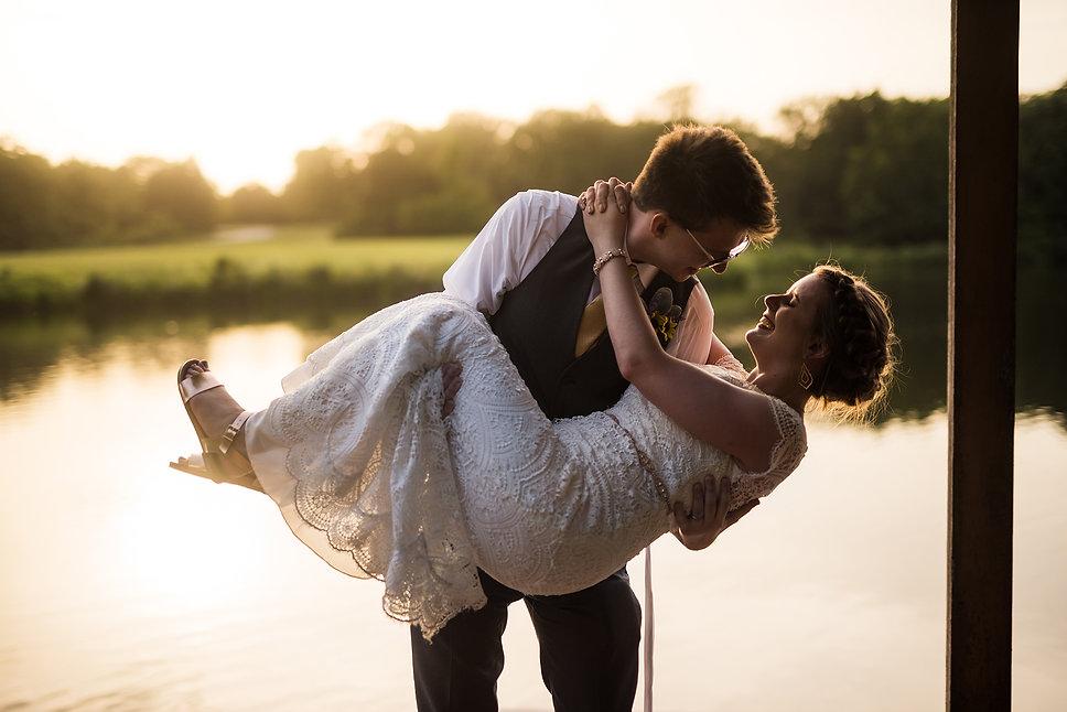 powell-gardens-wedding-bride-groom-sunse