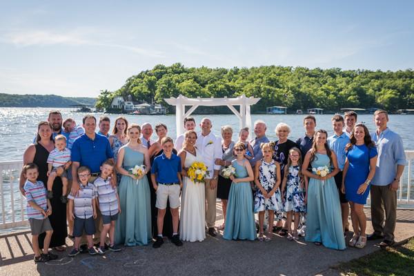 Lake of the Ozarks Wedding Extended Family