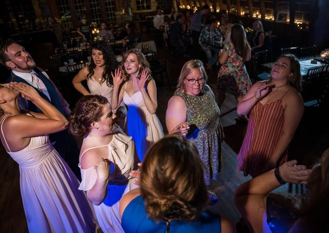 brownstone-reception-dancing-2.jpg