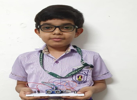 A 9 year old Kid Invented a Device ensuring Social Distance