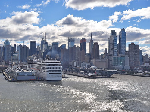 New-York-Cruise-Terminal-Family-in-New-York-Tours