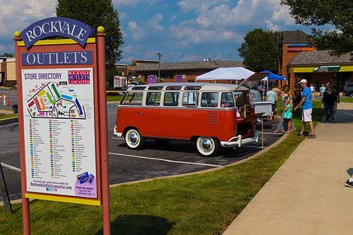 VW Bus atRockvale Outlets Lancaster