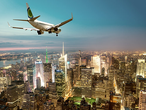 Airplane-Flying-over-New-York-Family-in-New-York-Tours