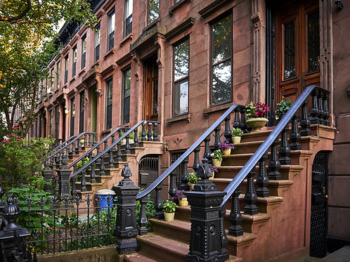 Brownstone-Houses-Family-in-New-York-Tours
