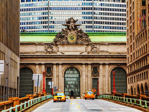 Grand-Central-Terminal-Family-in-New-York-Tours