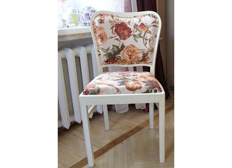 Обивка стула на дому после