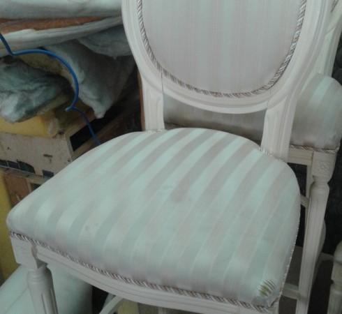 Замена обивки стула до