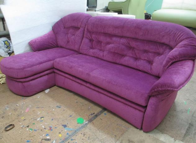 Перетяжка углового дивана после