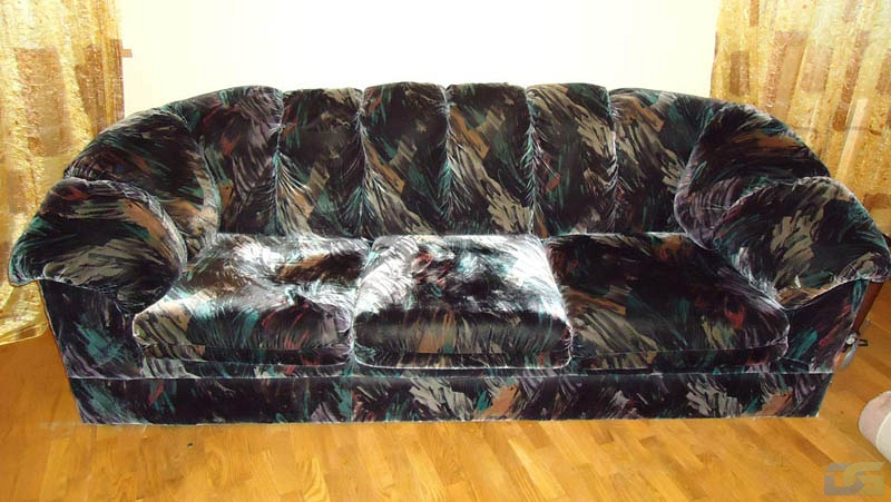 Перетяжка дивана на дому до