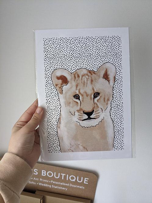 A5 Lion Dot Print - Dents in top edges