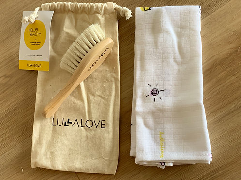 Crown pattern - Natural Hair Brush with Goat's Bristle and Washcloth