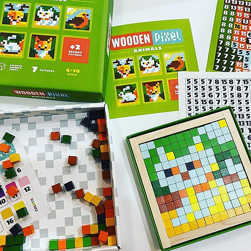 Wooden mosaic pixels - Animals