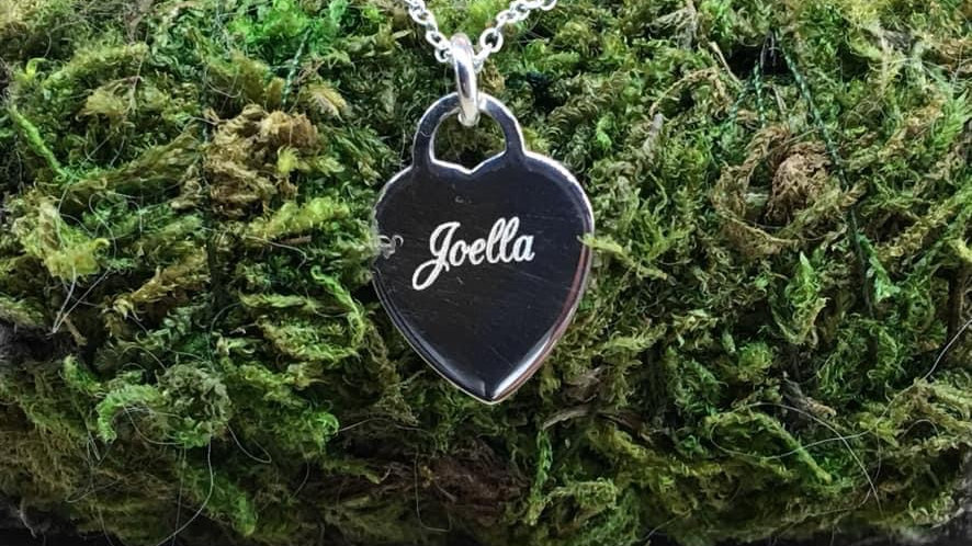 Sterling Silver Engraved Pendant Name Personalised Heart padlock.