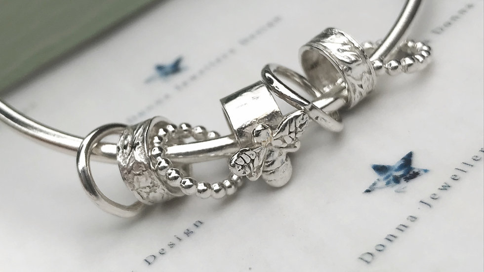 Sterling silver chunky Bee 7 ring charm bangle