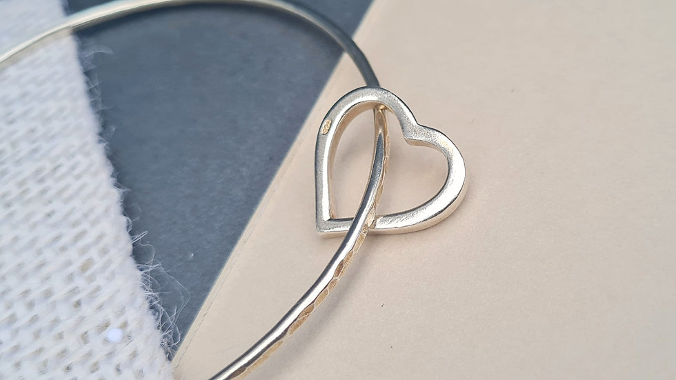 Multiple layer Sterling Silver Chunky open heart charm Bangle