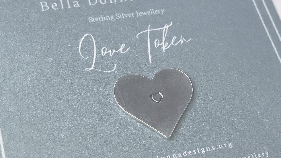 Love or Hug Token, Letterbox gift. New Design