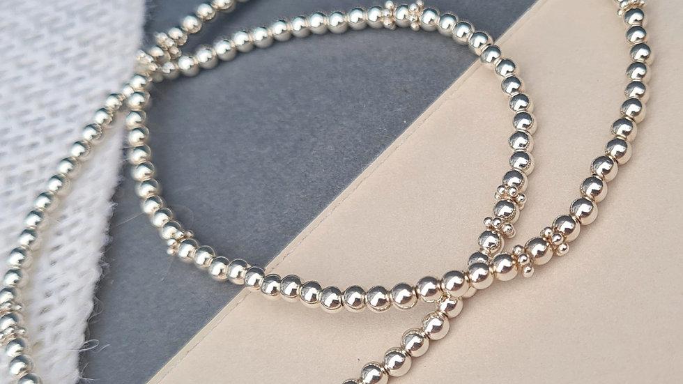 Sterling silver mini Daisy Beaded Stacking Bracelet