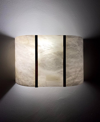 Alabaster Lamp 30x19 cms wall marble light with 2 Gold lines