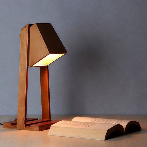 Sandbox Table lamp - Modern Oak