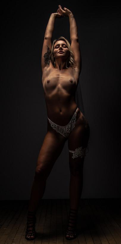 Emma Boudoir-1033.jpg