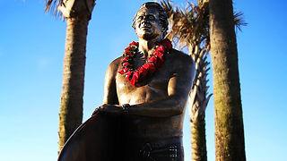 24 Yancys Statue8a.jpg