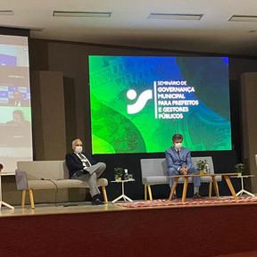Temas atuais e desafiadores encerram evento sobre governança municipal em Fortaleza