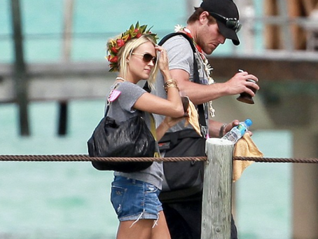Honeymoon Like Carrie Underwood in Le Taha'a Tahiti