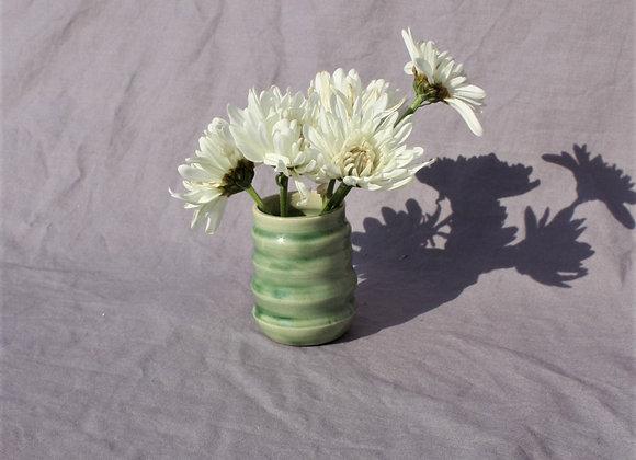Rollercoaster Vase in Green