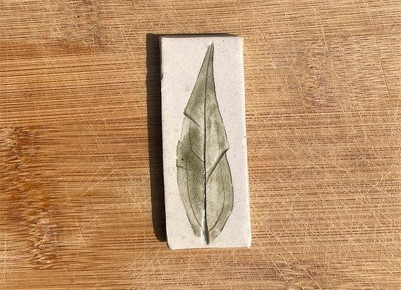 Linear Leaf Tile
