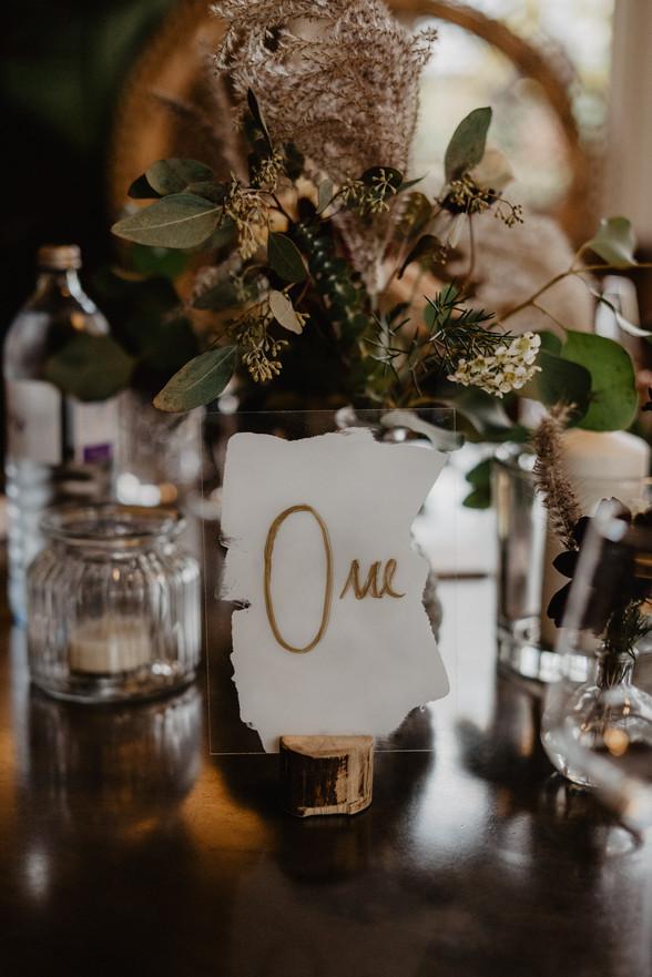 Hochzeitsfotograf Tafel und Wein