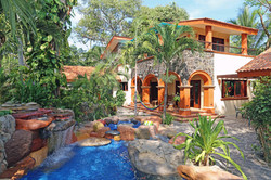 Tropical sunshine at La Villa Bella