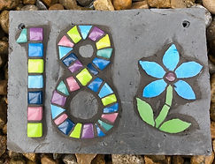 mosaic_house_number_with_flower_blue_gre