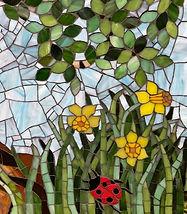 Tree_of_life_mosaic_daffodil_ladybird.jp