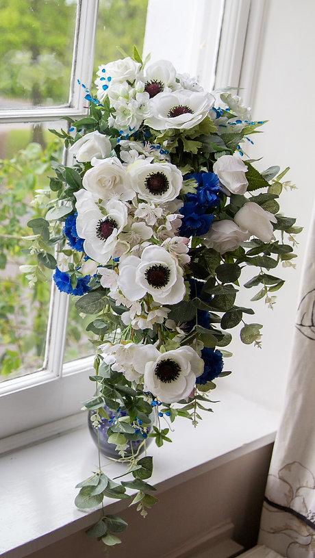 Bouquet cropped.jpg