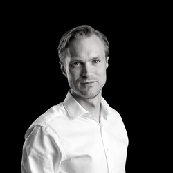Petter S. Lindqvist | Healthcare and Life Sciences