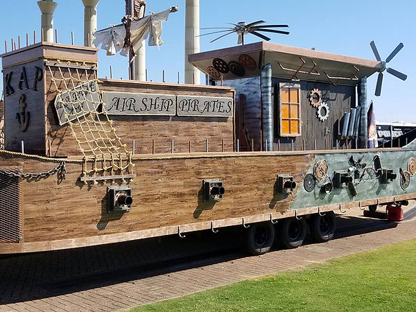 "krewe of airship pirate float ""Air Kraken"""