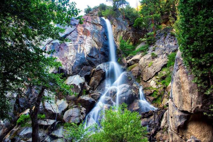 Kings Canyon Grizzly Falls