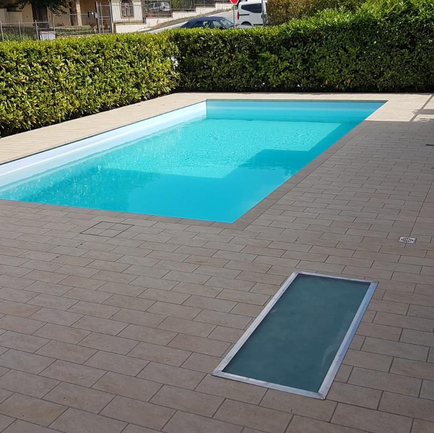 ripristino lastrico bordo piscina 100