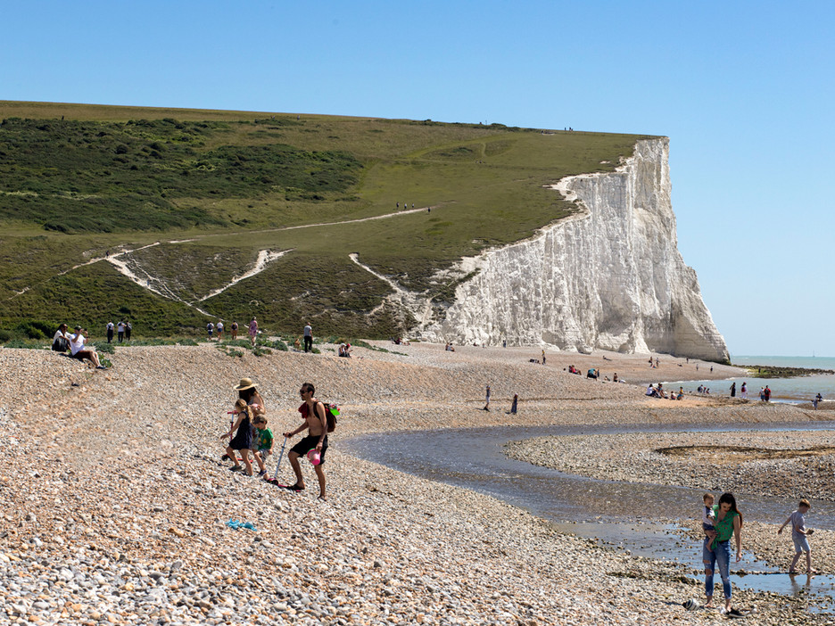 Seven Sisters,2019