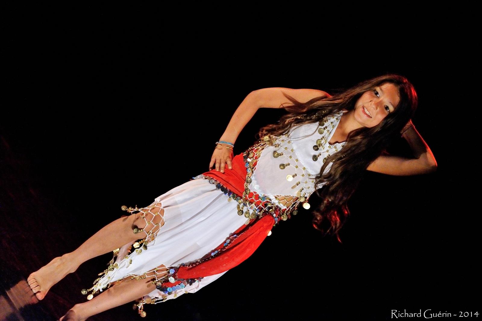 Cours danse orientale Bordeaux Pessa