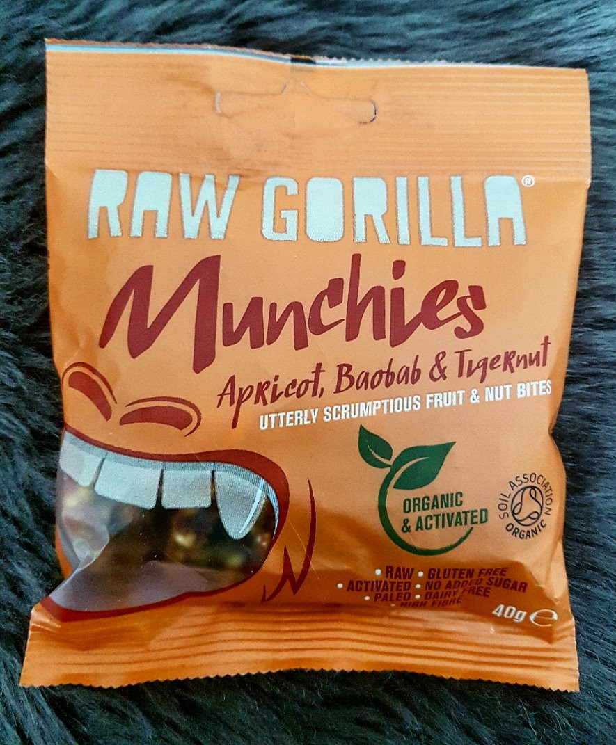Raw Gorilla Apricot & Baobab Munchies