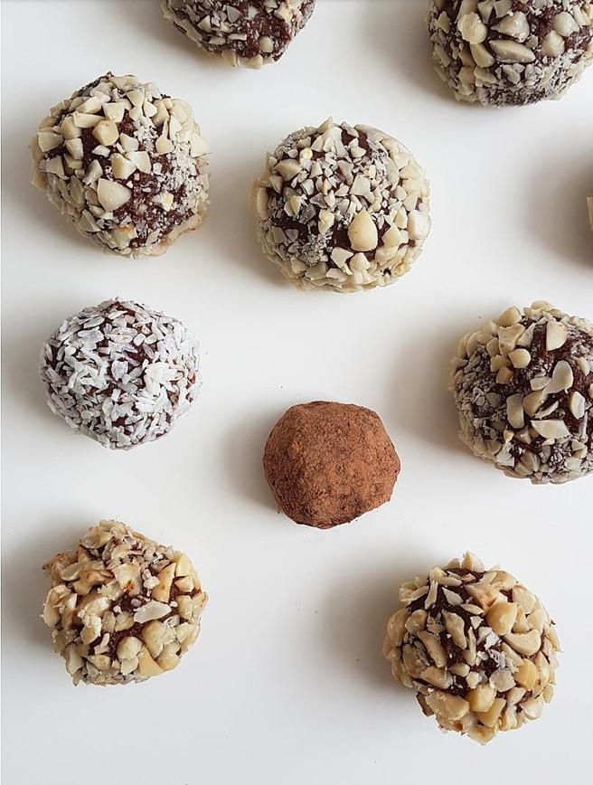Chocolate & Peanut Butter Truffles
