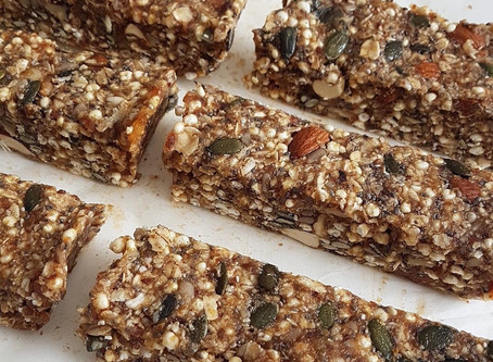 Easy No-Bake Muesli Bars (sugar-free)