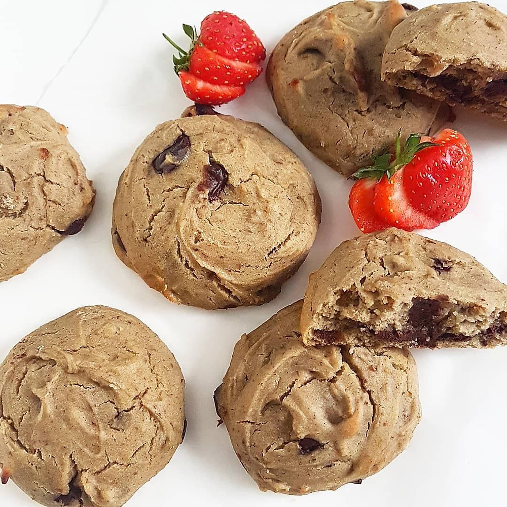 Rawsome Reviews Chocolate Filled Buckwheat Cookies