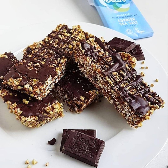 No-Bake Chocolate Sea Salt Granola Bars