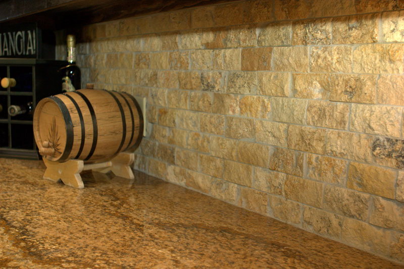 "3""x6"" Travertine Durango Split-Face"