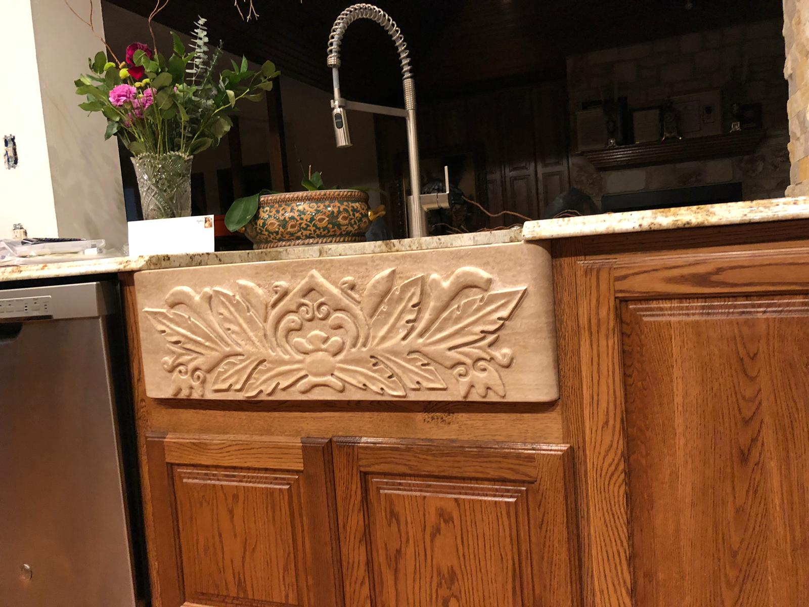 Carved Apron Farmhouse Sink