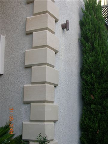 Travertine Quoins