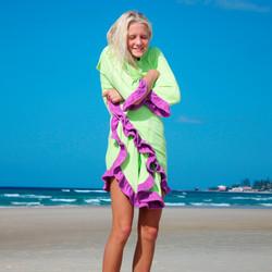 Flamenco Hooded Bamboo Towel
